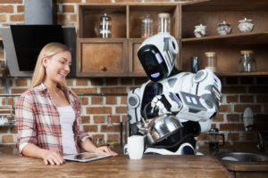 近未来?食事を介助するロボットが登場